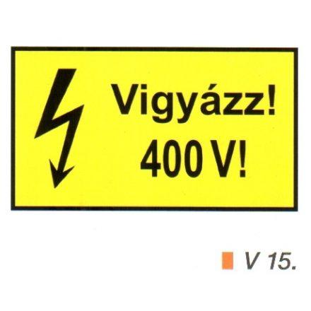 Vigyázz! 400 V! v 15